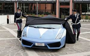 Nouvelle Voiture De Police : chez fabienne et christian une nouvelle voiture de patrouille dans la police italienne ~ Medecine-chirurgie-esthetiques.com Avis de Voitures