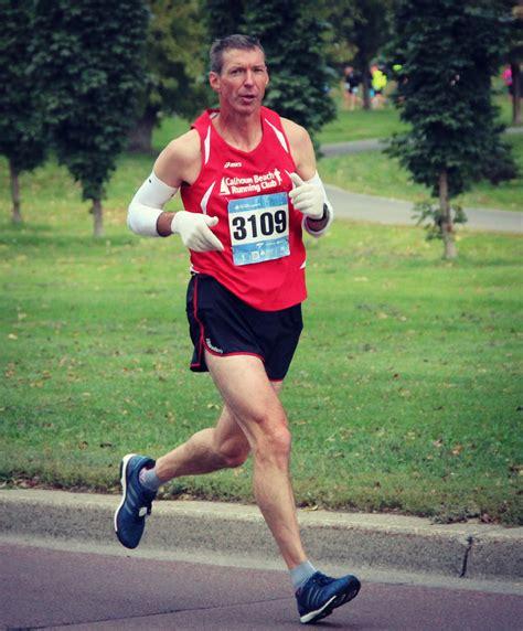 kettlebell training runners marathoner marathon benefit ways schedule
