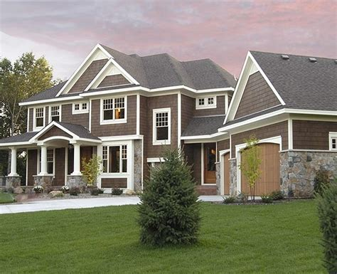 Southern & Traditional Custom Home Plans