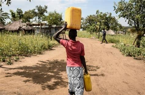 ouganda enquête sur des accusations de fraudes massives