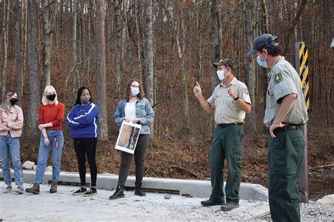 National parks require masks - The Sun-Gazette Newspaper