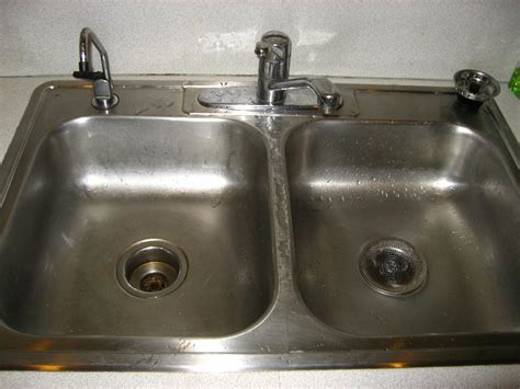 sink leaking under drain how to fix a kitchen sink home design ideas and pictures