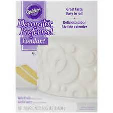 wilton decorator preferred fondant gluten free wilton decorator preferred white fondant 24 oz
