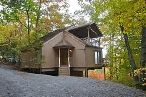 2 bedroom cabins two br cabin rentals in gatlinburg tn