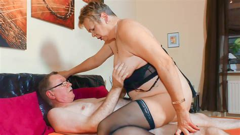 Mature German Newbie Susanne H Puts Her Horny Mouth And Pussy To Work Porndoe