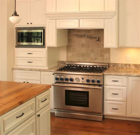 kitchen cabinet finishing kitchen cabinet finishing ideas and photos 2506