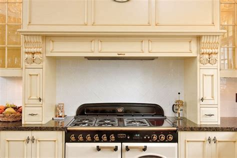 country kitchens melbourne kitchens melbourne traditional kitchen designs select 2935