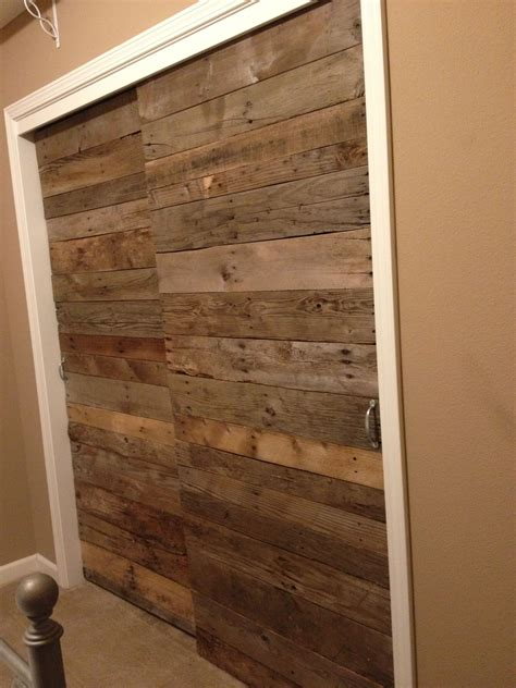 Wood Closet Doors For Bedrooms by Create A New Look For Your Room With These Closet Door
