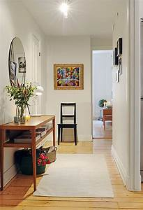 35 hallway decor ideas to try in your home keribrownhomes With interior design hallway images