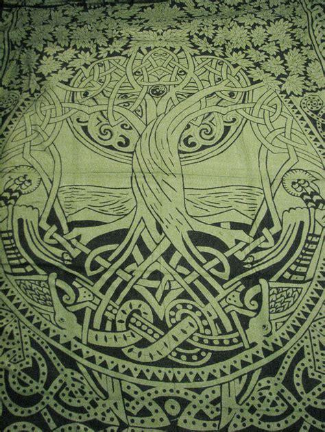 celtic tree  life infinity knot druid pagan tapestry
