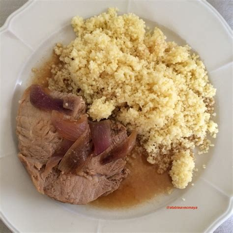 cuisine joue de porc rôti de porc mariné a table avec