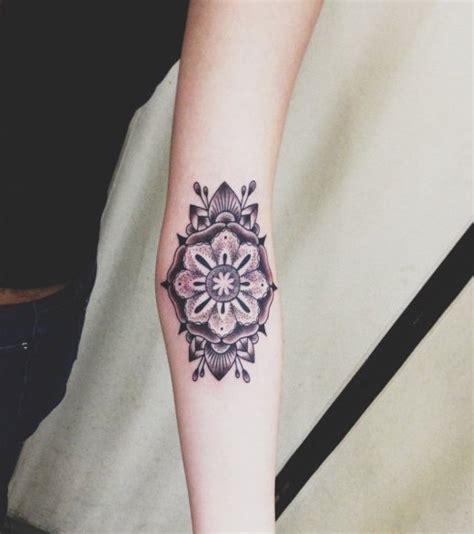 foto unterarm tattoo muster