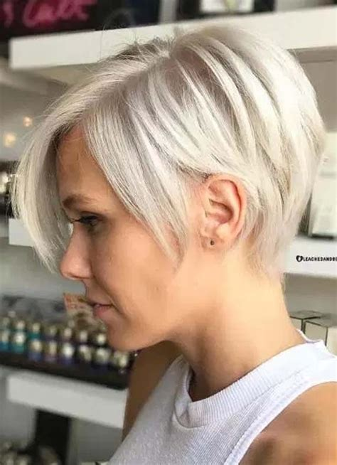 flattering short hairstyles  wear  thin hair
