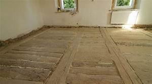 Betonová podlaha v podkroví