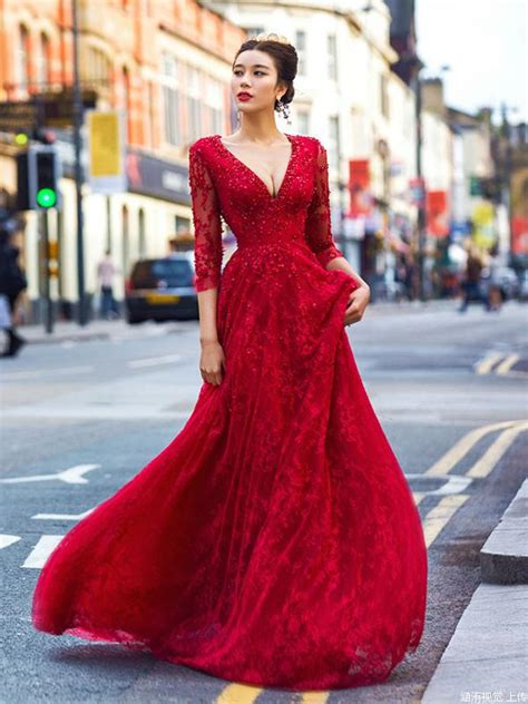 red   prom dresses  neck beading lace modest