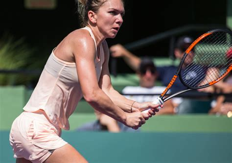 Simona Halep pictures and photos