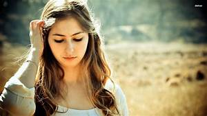 Cute Sad Girl Girl Wallpaper Beautiful Sad Girls Pictures ...