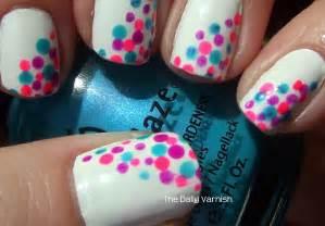 Polka dots nails cute dot nail art tutorial
