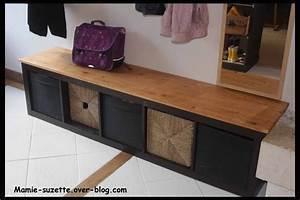 Meuble A Chaussure Banc : meuble chaussure avec banc 2 un meuble ikea noir expedit 224 5 cases sur lequel on a viss233 ~ Preciouscoupons.com Idées de Décoration
