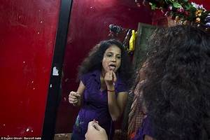 Inside Sonagachi, Asia's largest red light district with ...