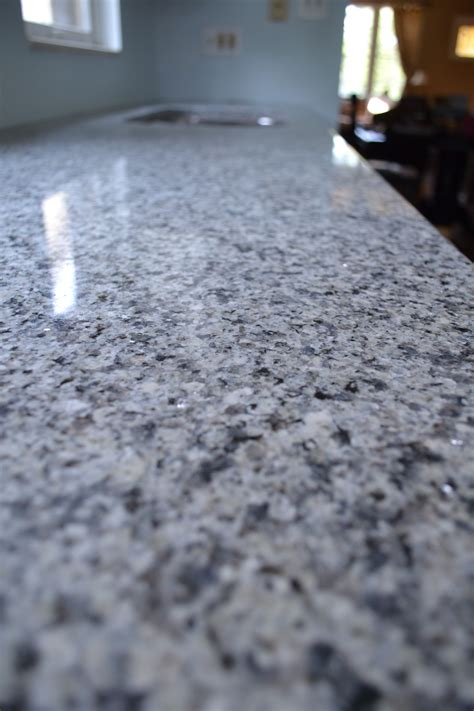 lowes granite  glitters