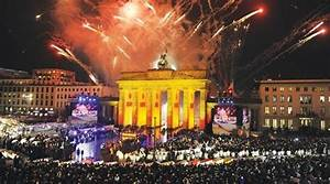 World leaders urge unity at emotional Berlin Wall party ...