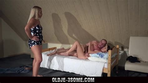 oldje 3some [ffm] 2 virgins jump on grandpa cock and fucks his brains out in 3some sex hd