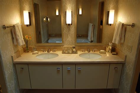 Double Sink Vanity Designs In Gorgeous Modern Bathrooms