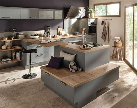 modele de table de cuisine charmant modele de cuisine avec ilot central et modele