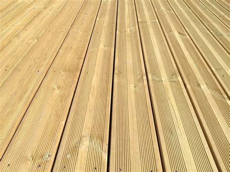 nivrem com lame terrasse bois pin sylvestre traite
