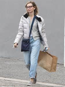 calista flockhart dons and glasses for a casual shopping trip in los angeles daily mail