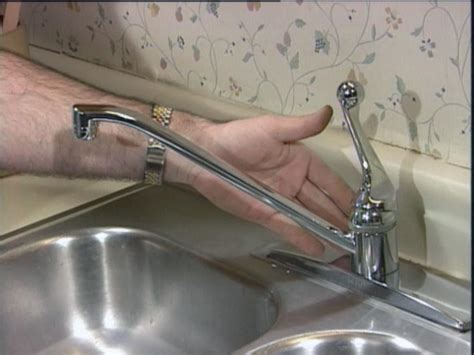 how to fix kitchen sink repairing a kitchen faucet how tos diy