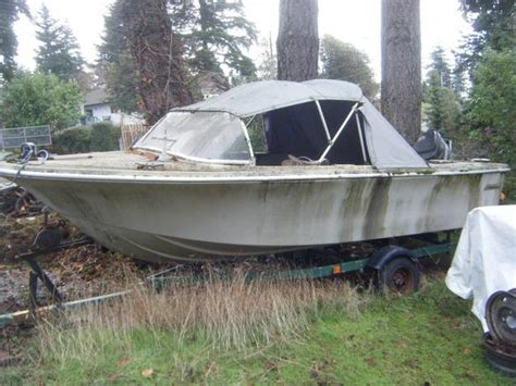 Tow Boat Us Atlantic Highlands by Free 16 Foot Fiberglass Boat Motor And Trailer West