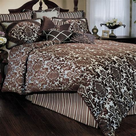 beautiful blue and brown bedding for the home