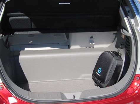 electric car cargo space  nissan leaf