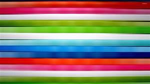 Horizontal colorful stripes wallpaper