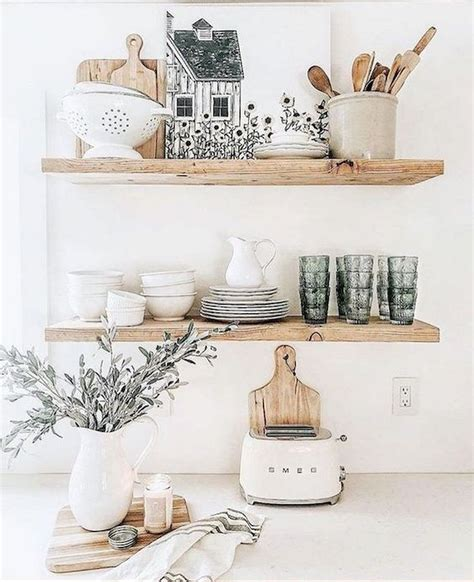 The farmhouse style wall decor is suitable for any rooms depending on what you would like to attach. 37 Farmhouse Wall Decor Ideas for Kitchen (33) - Ideaboz