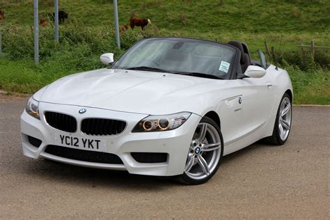 Review Bmw Z4 by Bmw Z4 Roadster Review 2009 Parkers