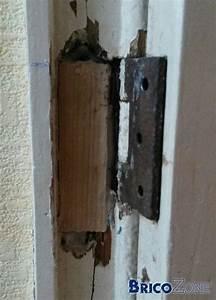 reparation de porte en bois rparation de griffes sur une With porte de garage coulissante jumelé avec raboter une porte blindée