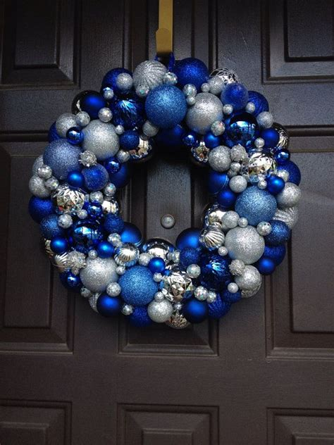 blue and silver christmas decoration ideas 35 silver and blue d 233 cor ideas for christmas and new year digsdigs