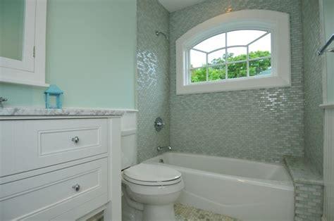 ledge    tub mint bathroom tub bathroom