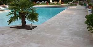 Plage piscine pierre naturelle 27 piscines marbrerie for Plage piscine pierre naturelle