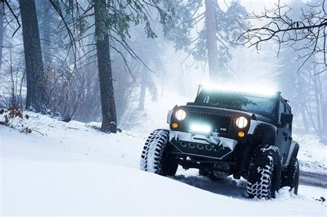 jeep snow wallpaper snow jeep love the lights jeep jeep jeep pinterest