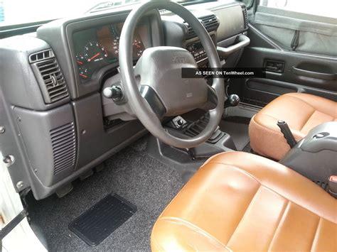 jeep wrangler  sport utility  door
