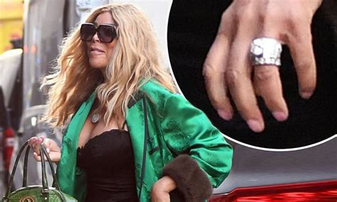 Wendy Williams Flashes Wedding Ring In New York