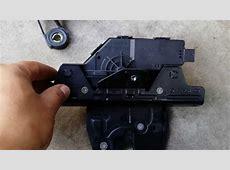 BMW E53 X5 rear wiper blade motor trunk lock actuator