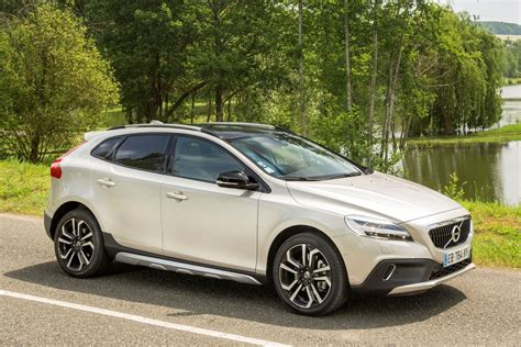 Volvo V40 Cross Country Picture by Volvo V40 Cross Country 2016 Pictures 15 Of 31 Cars