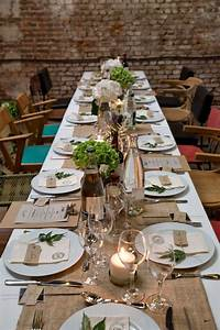 Deco De Table Communion : best 25 deco table communion ideas on pinterest centres de communion centre de table fleurs ~ Melissatoandfro.com Idées de Décoration