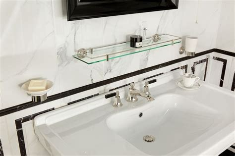 Love The Wide Surface Sink Top! Style Moderne-art Deco