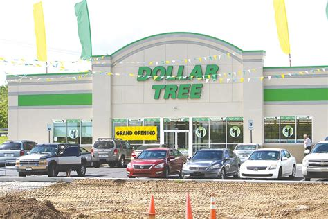 New Dollar Tree Opens  Carthage Courier